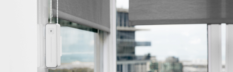 smart-sleeping-device-on-window